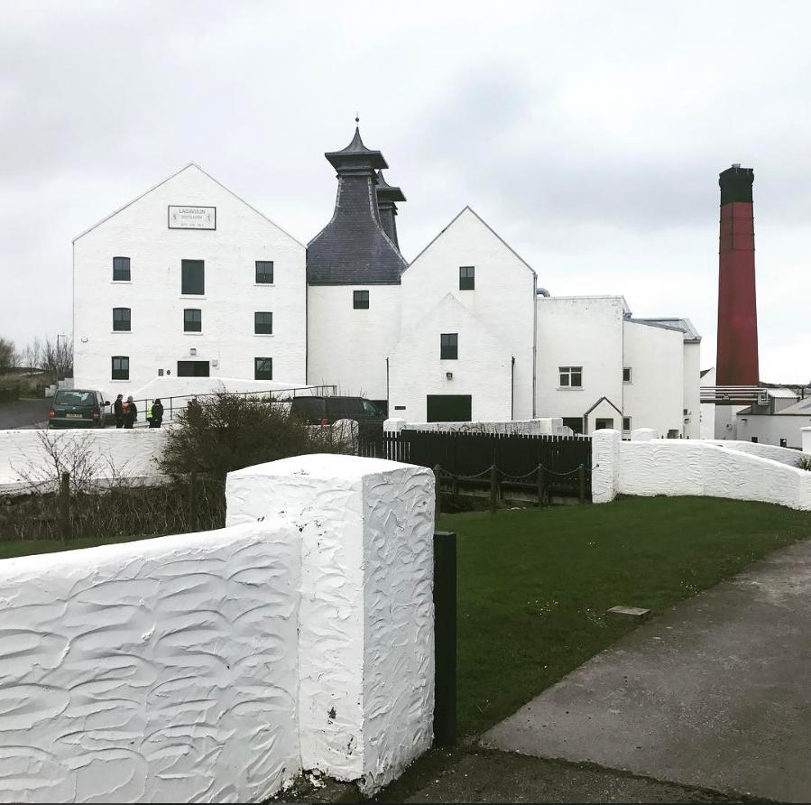 The islay whisky distillery Lagavulin